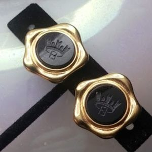 Fendi vintage black crown goldplated clipon earrng